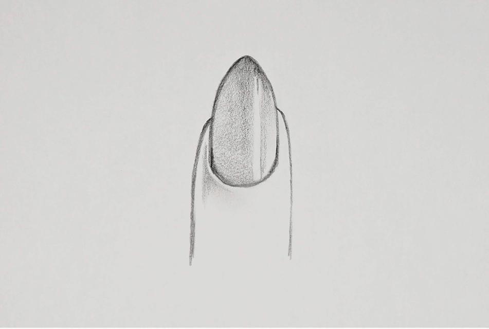 Nagelform Almond gezeichnet
