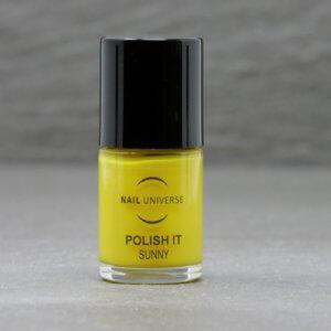 Nagellackflasche mit Nagellackfüllung in Sunny gelb
